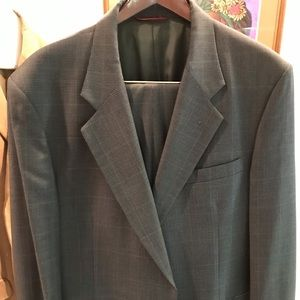Barely worn Jos. A. Bank 100% pure wool suit